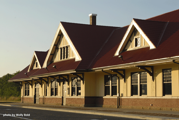 Hoquiam-Train-Station---Ext